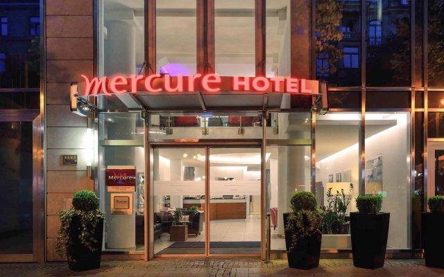 Mercure Hotel Kaiserhof Frankfurt City Center вид на фасад
