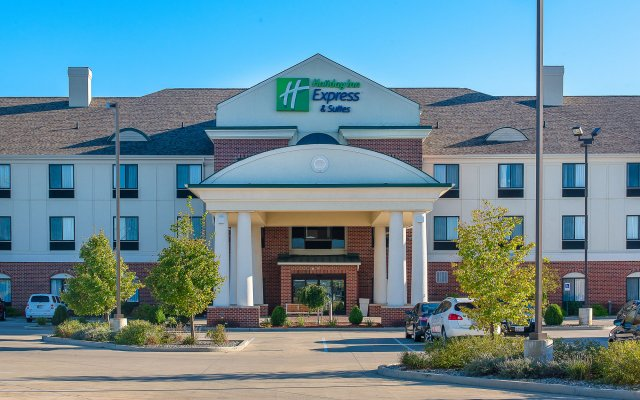 holiday inn express suites lafayette east lafayette united rh zenhotels com