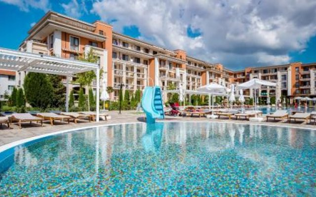 Отель Prestige Mer D'azur Свети Влас вид на фасад
