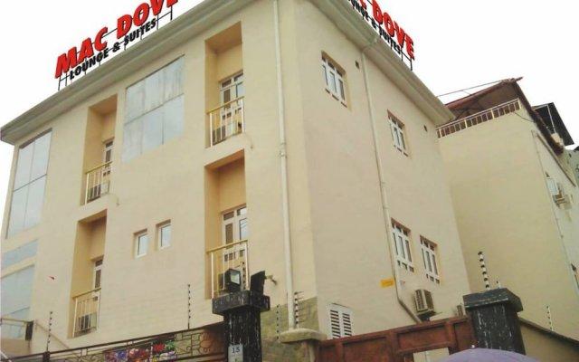 Отель Mac Dove Lounge & Suites ltd вид на фасад