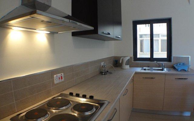 Отель Eri Apartment 071 Мальта, Каура - отзывы, цены и фото номеров - забронировать отель Eri Apartment 071 онлайн
