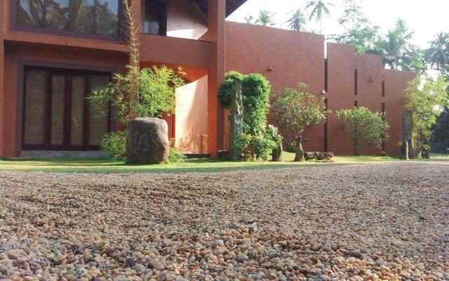 Отель Lacasita Bentota Шри-Ланка, Бентота - отзывы, цены и фото номеров - забронировать отель Lacasita Bentota онлайн вид на фасад