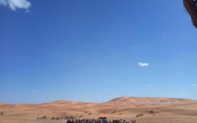 Отель Barak Desert Camp Марокко, Мерзуга - отзывы, цены и фото номеров - забронировать отель Barak Desert Camp онлайн балкон