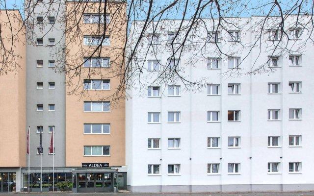 Отель Novum Hotel Aldea Berlin Centrum Германия, Берлин - 9 отзывов об отеле, цены и фото номеров - забронировать отель Novum Hotel Aldea Berlin Centrum онлайн вид на фасад