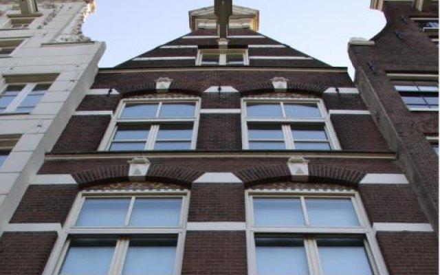 Отель De Hoedenmaker Нидерланды, Амстердам - отзывы, цены и фото номеров - забронировать отель De Hoedenmaker онлайн вид на фасад
