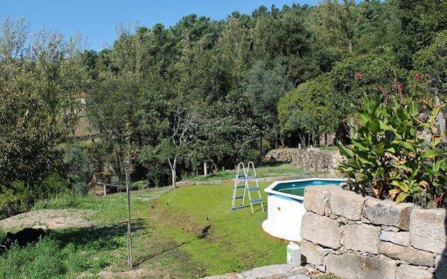 Отель Quinta do Sobreiro Португалия, Марку-ди-Канавезиш - отзывы, цены и фото номеров - забронировать отель Quinta do Sobreiro онлайн бассейн