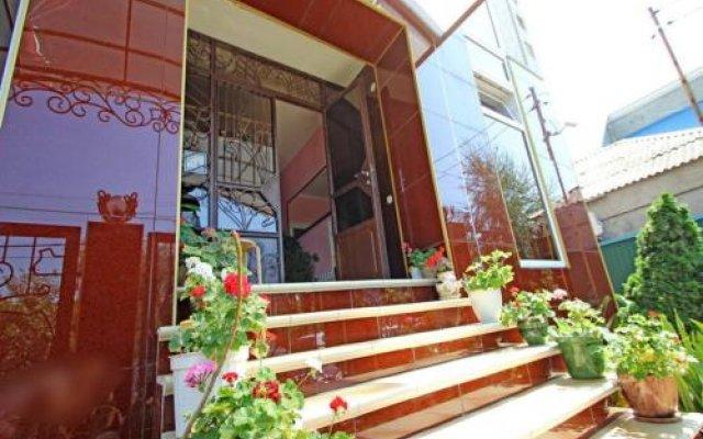 Гостиница Гостевой дом Адамант в Анапе отзывы, цены и фото номеров - забронировать гостиницу Гостевой дом Адамант онлайн Анапа вид на фасад