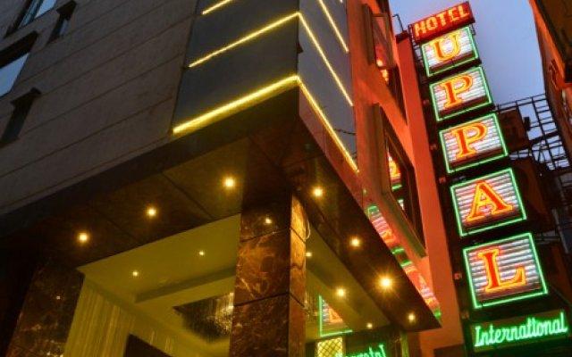 Hotel Uppal International вид на фасад