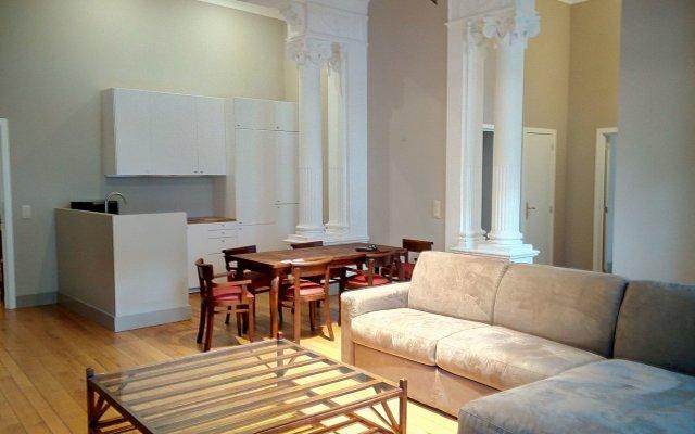 Отель Grand-Place Lombard Appartments & Flats Бельгия, Брюссель - отзывы, цены и фото номеров - забронировать отель Grand-Place Lombard Appartments & Flats онлайн комната для гостей