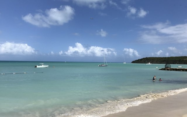 Dickenson Bay Oasis Antigua Village 2