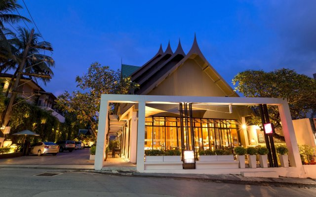 Отель Sabai Resort by MANATHAI Surin Таиланд, Камала Бич - отзывы, цены и фото номеров - забронировать отель Sabai Resort by MANATHAI Surin онлайн вид на фасад