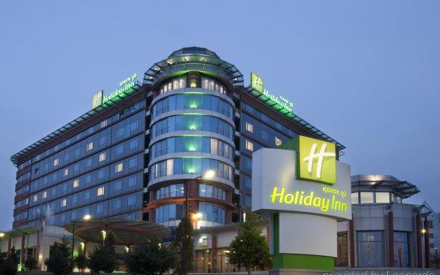 Гостиница Holiday Inn Almaty вид на фасад
