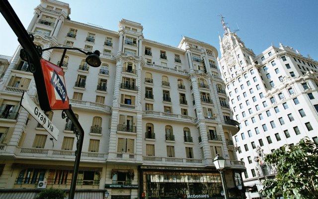 Отель Hostal Luis XV вид на фасад