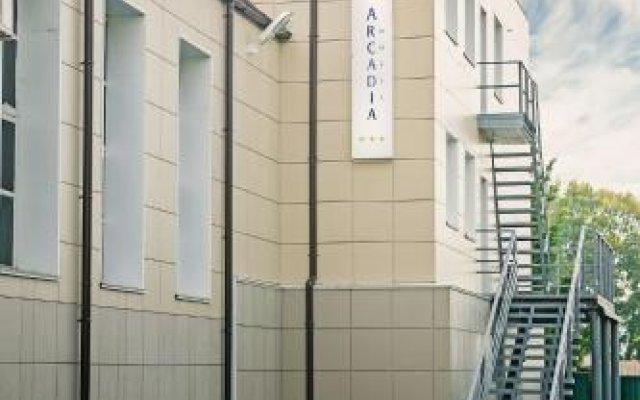 Гостиница Arcadia Hotel в Кемерово 1 отзыв об отеле, цены и фото номеров - забронировать гостиницу Arcadia Hotel онлайн вид на фасад