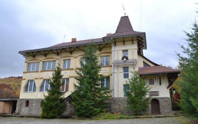 Отель Perlyna Krasiyi Ждениево вид на фасад