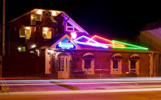 Гостиница Лагуна в Анапе отзывы, цены и фото номеров - забронировать гостиницу Лагуна онлайн Анапа вид на фасад