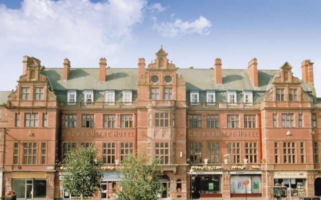 crown and mitre hotel carlisle united kingdom zenhotels rh zenhotels com