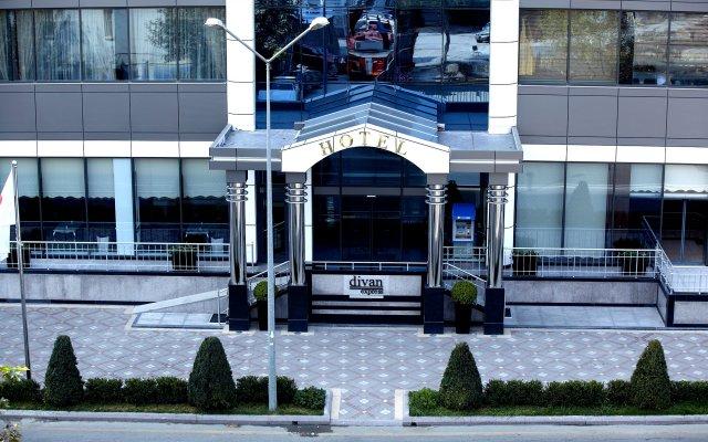 Отель Divan Express Baku Азербайджан, Баку - 1 отзыв об отеле, цены и фото номеров - забронировать отель Divan Express Baku онлайн вид на фасад