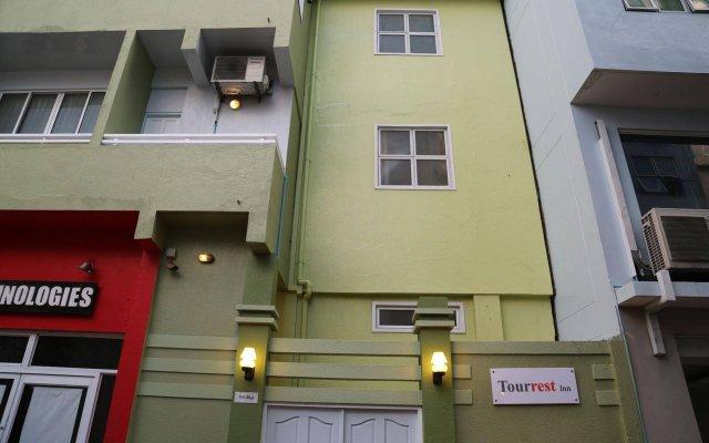 Отель Tour Rest Inn Maldives вид на фасад