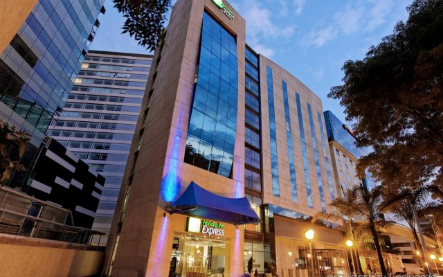 Отель Holiday Inn Express And Suites Mexico City At The Wtc Мехико вид на фасад