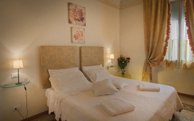 Отель Bed & Bed Cassia Италия, Флоренция - 10 отзывов об отеле, цены и фото номеров - забронировать отель Bed & Bed Cassia онлайн комната для гостей