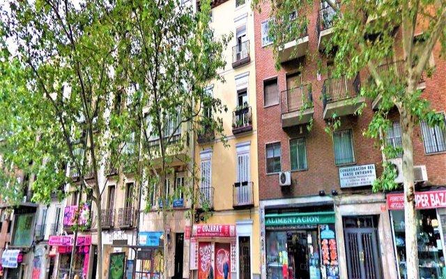 Отель MC YOLO Apartamento Estación de Atocha Испания, Мадрид - отзывы, цены и фото номеров - забронировать отель MC YOLO Apartamento Estación de Atocha онлайн вид на фасад