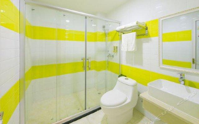 Отель Yuehang Hotel (Zhuhai Airport Branch 2) Китай, Чжухай - отзывы, цены и фото номеров - забронировать отель Yuehang Hotel (Zhuhai Airport Branch 2) онлайн ванная