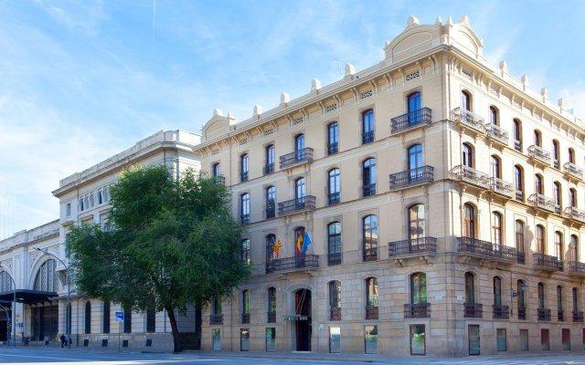 Hotel Ciutadella Barcelona вид на фасад