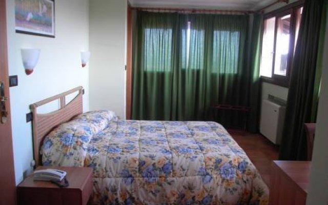 Отель Torre Del Moro Италия, Ситта-Сант-Анджело - отзывы, цены и фото номеров - забронировать отель Torre Del Moro онлайн комната для гостей