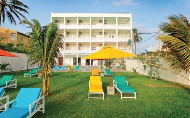 Hotel J вид на фасад