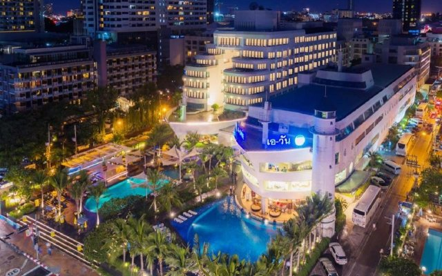 A-One The Royal Cruise Hotel Pattaya вид на фасад