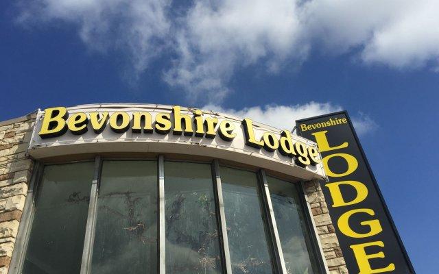 Отель Bevonshire Lodge Motel США, Лос-Анджелес - 1 отзыв об отеле, цены и фото номеров - забронировать отель Bevonshire Lodge Motel онлайн вид на фасад