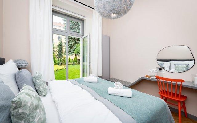 Отель EMPIRENT Garden Suites комната для гостей