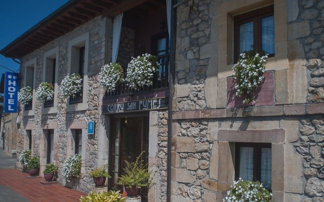 Hotel Corru San Pumés Кангас-де-Онис вид на фасад