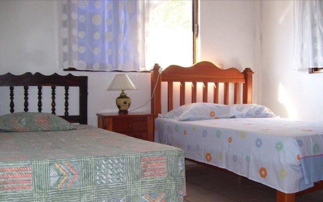 Отель Casa Ixtapa-Zihuatanejo комната для гостей