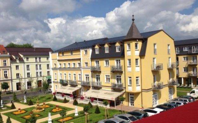 Отель Bajkal Чехия, Франтишкови-Лазне - отзывы, цены и фото номеров - забронировать отель Bajkal онлайн вид на фасад