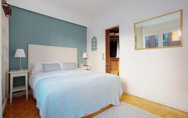 Отель Near Retiro Park & Prado Museum. Retiro I Испания, Мадрид - отзывы, цены и фото номеров - забронировать отель Near Retiro Park & Prado Museum. Retiro I онлайн