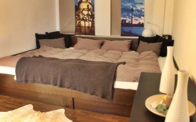 Отель Wohnung7 Дюссельдорф комната для гостей
