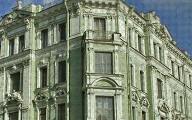 Гостиница Литейный вид на фасад