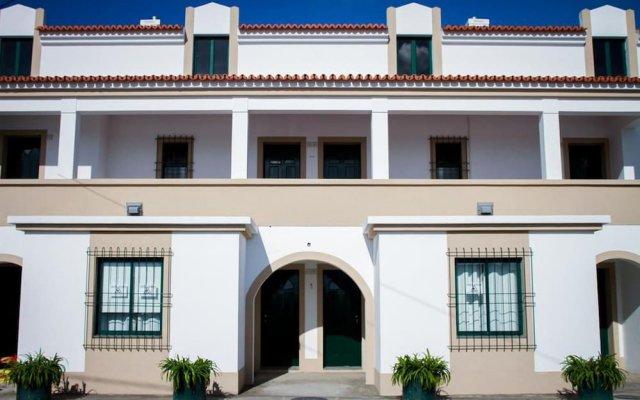 Отель Azores Pedra Apartments Португалия, Понта-Делгада - отзывы, цены и фото номеров - забронировать отель Azores Pedra Apartments онлайн вид на фасад