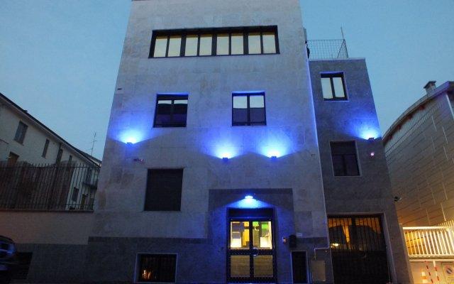 Atmos Luxe Navigli Hostel & Rooms вид на фасад