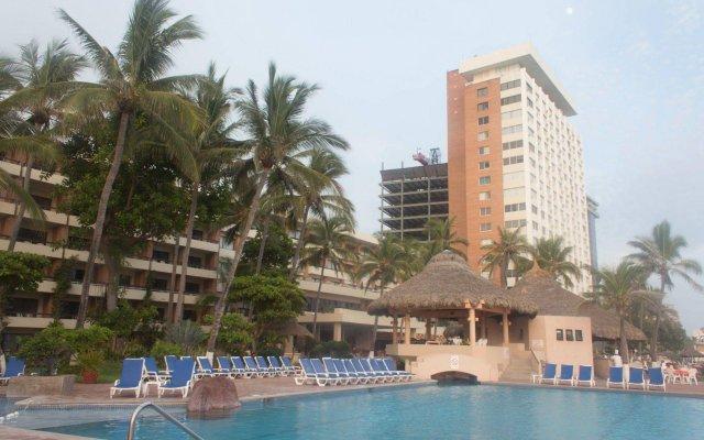 Отель The Palms Resort of Mazatlan вид на фасад