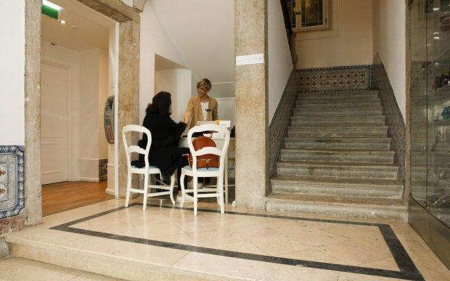 Отель Alecrim Ao Chiado Лиссабон вид на фасад