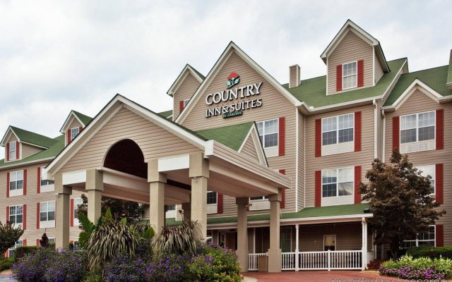Отель Country Inn & Suites by Radisson, Atlanta Airport North, GA вид на фасад