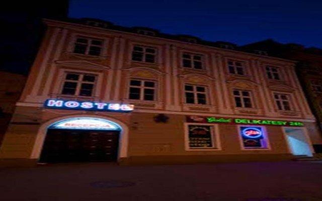 Отель Hostel Cinema Польша, Вроцлав - отзывы, цены и фото номеров - забронировать отель Hostel Cinema онлайн вид на фасад