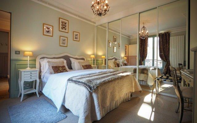 Отель Louvre Elegant ChicSuites Франция, Париж - отзывы, цены и фото номеров - забронировать отель Louvre Elegant ChicSuites онлайн комната для гостей