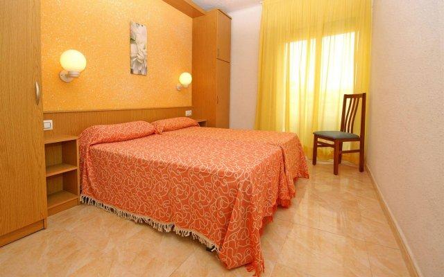 Отель Apartaments Costa d'Or комната для гостей