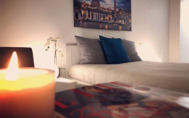 Отель Maison Piazza Cavour комната для гостей
