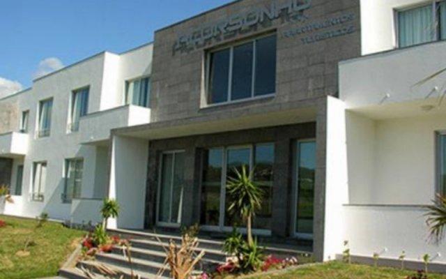 Отель Acorsonho Apartamentos Turisticos Португалия, Капелаш - отзывы, цены и фото номеров - забронировать отель Acorsonho Apartamentos Turisticos онлайн вид на фасад