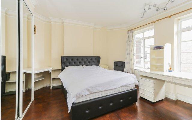 Отель Luxury Baker Street Apartment Великобритания, Лондон - отзывы, цены и фото номеров - забронировать отель Luxury Baker Street Apartment онлайн комната для гостей